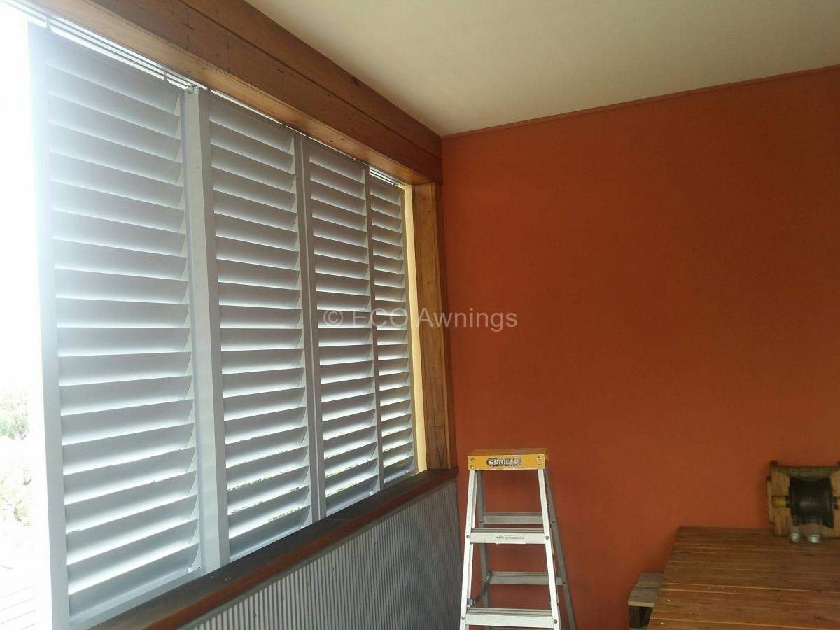 900 #743619 Sliding Privacy Louvers 4 Sliding Louvers Picture/photo Sliding  Louvered Patio Doors