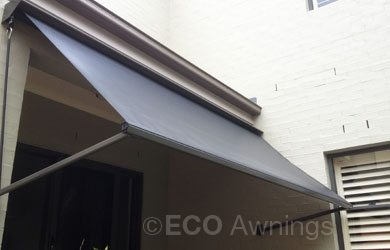 pivot-arm-awnings