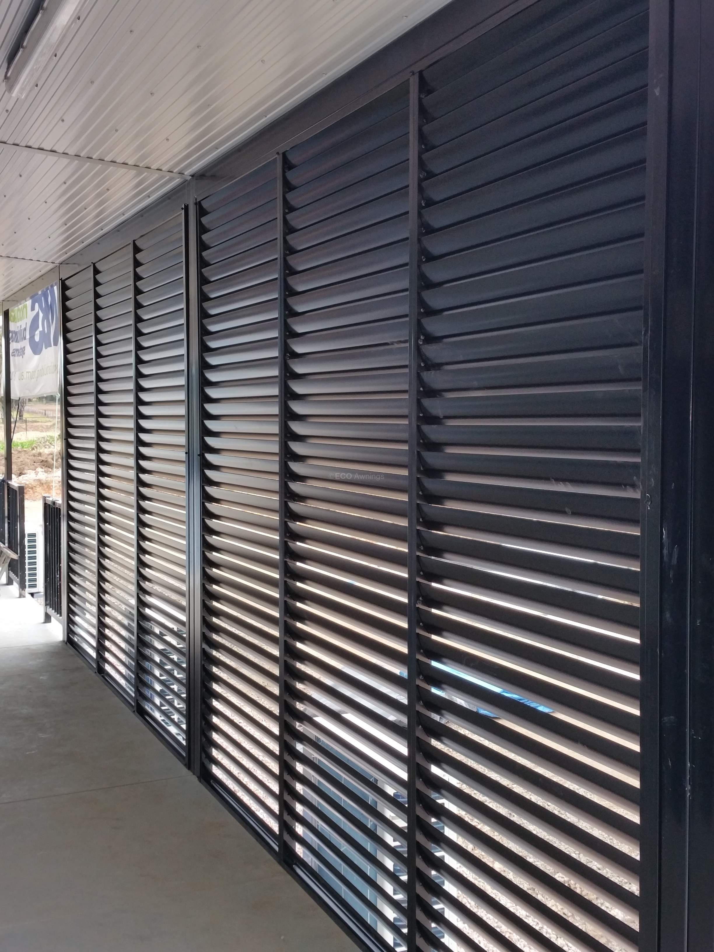 Privacy Screen Louvers With Fixed Welded Louvers In A