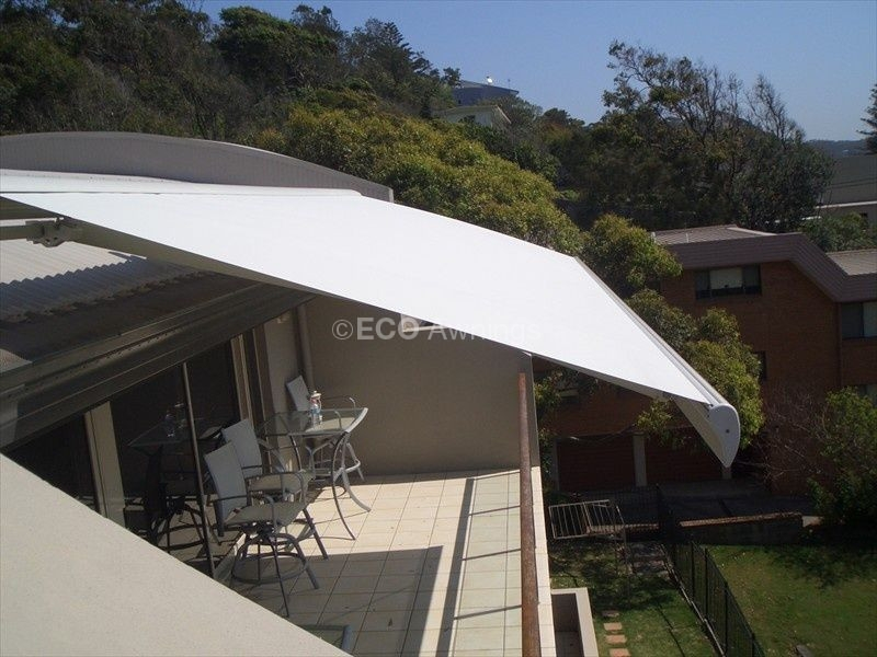 vic blackburn pratic melbourne system awning hardwood roof private products residence alutecnic fleetwood wood fw retractable