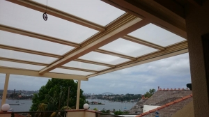 Retracta Roof_ 2 Bays with 5 Panels _polycarb Roof